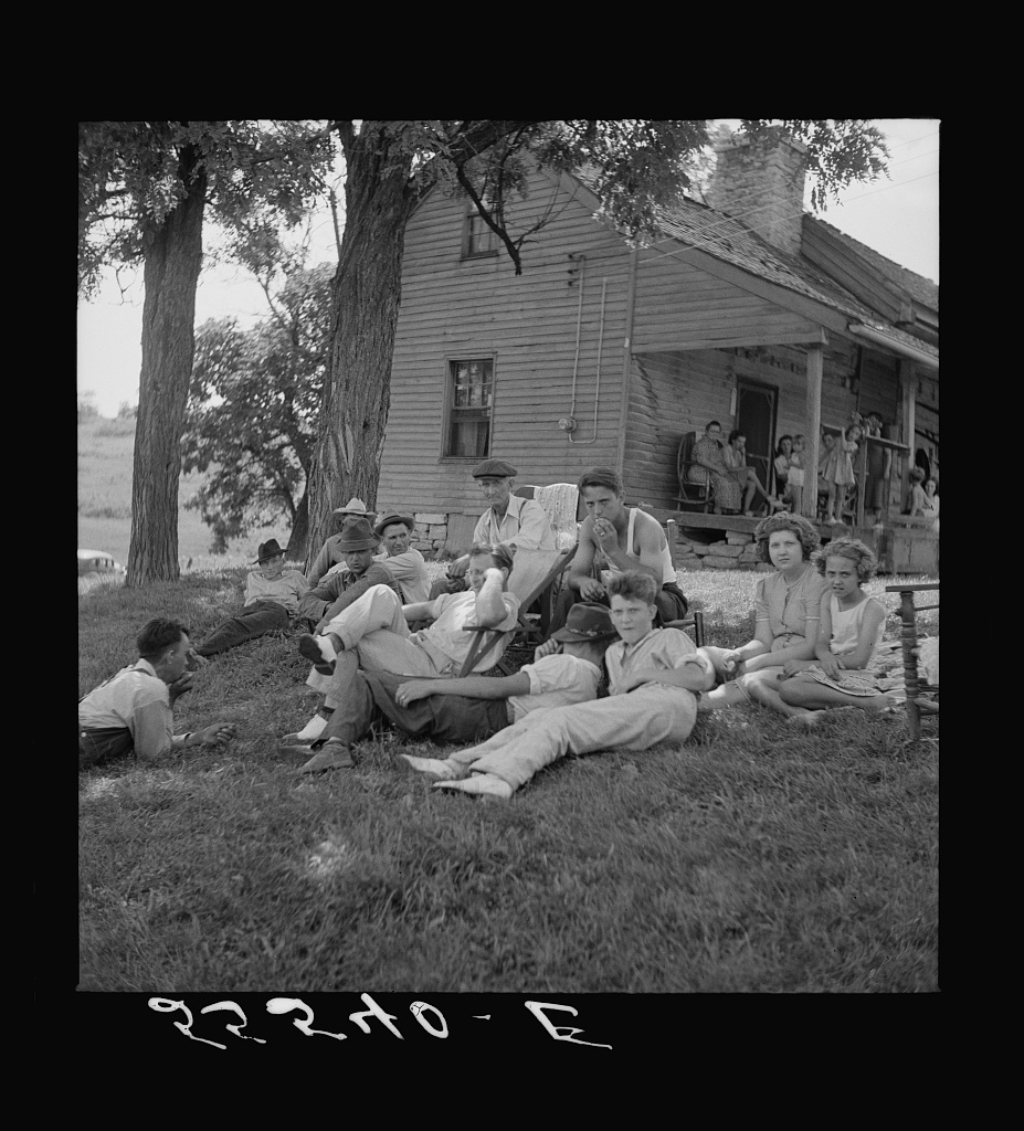 Family reunion on front lawn on Sunday near Lawrenceburg, Kentucky
