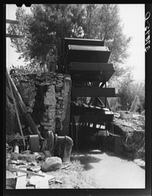 FSA (Farm Security Administration) cooperative waterwheel. Water is used for irrigation. Near Littlefield, Mohave County, Arizona