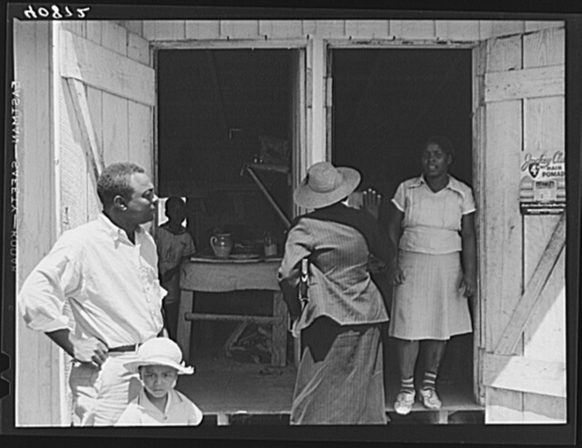 Group of migratory workers in the camp of the Phillips Packing Company at Vienna, Maryland