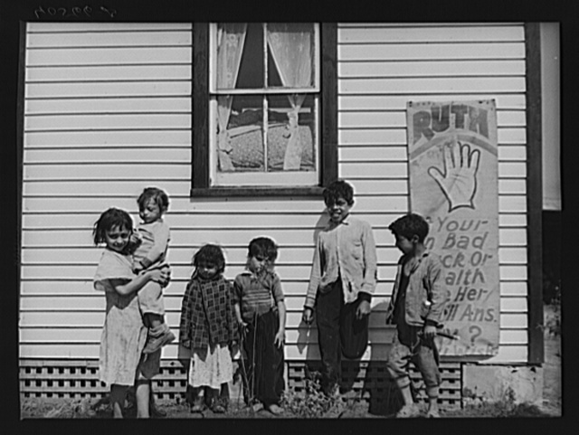 Gypsy children, location U.S. 13 about five miles south of Salisbury, Maryland