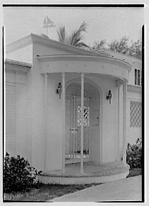 Harry R. Playford, residence at 415 Brightwaters Blvd., St. Petersburg, Florida. Entrance detail
