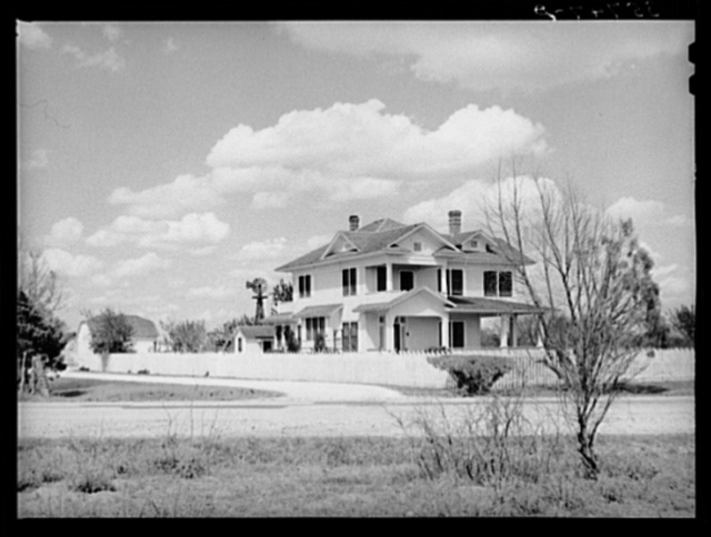Home of people who live in the country but work in town. San Patricio County, Texas