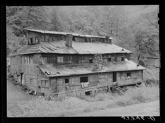 Hotel built for jobless friends by mountain man near Hindman, Kentucky