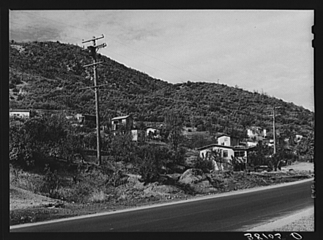 Houses on outskirts of Summit City, California, boom town near Shasta Dam