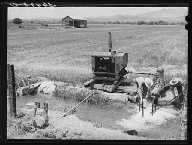 Irrigation pump at Solomonsville, Arizona