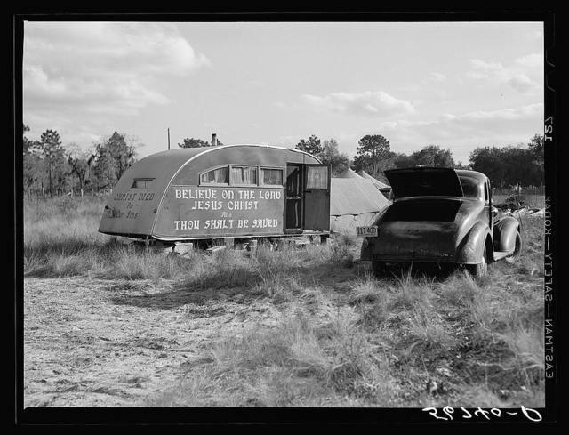 Itinerant preacher from South Carolina saving the souls of the construction workers at Camp Livingston job near Alexandria, Louisiana