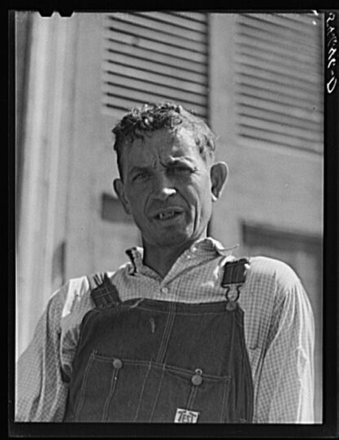 Melrose, Natchitoches Parish, Louisiana. Mulatto servant on John Henry cotton plantation