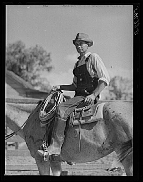 Melrose, Natchitoches Parish, Louisiana. Mulatto who is servant and plantation worker on John Henry cotton plantation