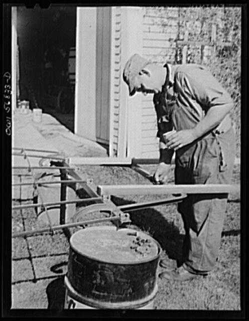 Miscellaneous lot of photographs by Barbara Wright, e.g. University of Virginia, Franconia, New Hampshire, Maine. Walter Richmond, Yankee farmer at Washburn homestead, Livermore, Maine