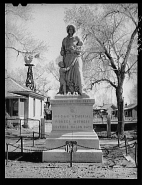 Monument erected to the pioneer mothers. Springerville, Arizona
