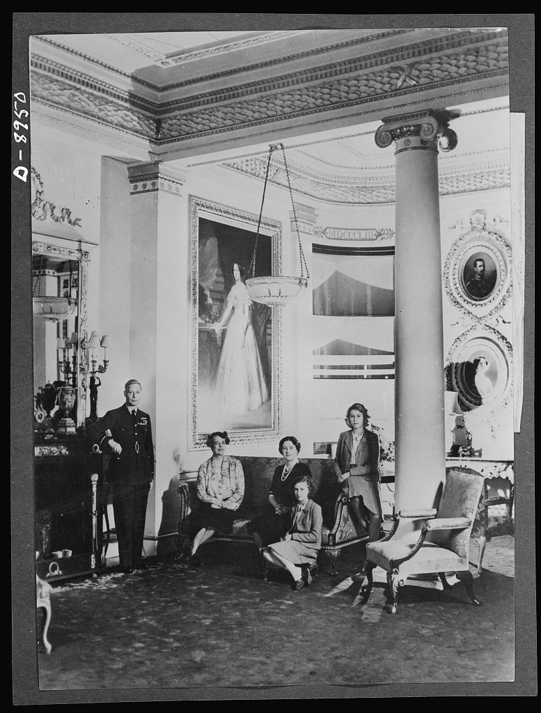 Mrs. Roosevelt at Buckingham Palace. During her recent trip to England, Mrs. Roosevelt stayed with the King and Queen at Buckingham Palace. She is shown here with the royal family in the Bow Room. Left to right: the King, Mrs. Roosevelt, the Queen, Princess Margaret Rose, Princess Elizabeth