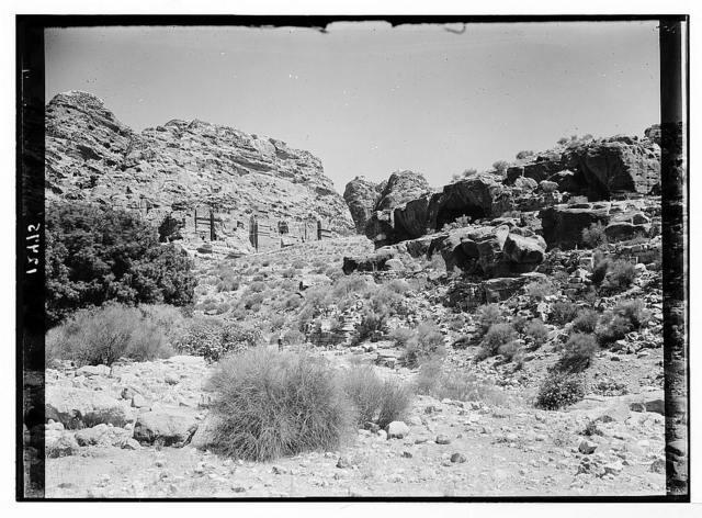 Petra. Part of Hubtah façade