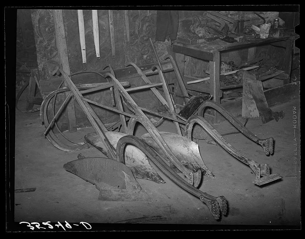 Plow points in blacksmith shop. Depew, Oklahoma