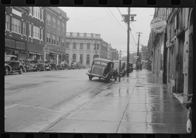 Rainy day on the main street of Roxboro, North Carolina