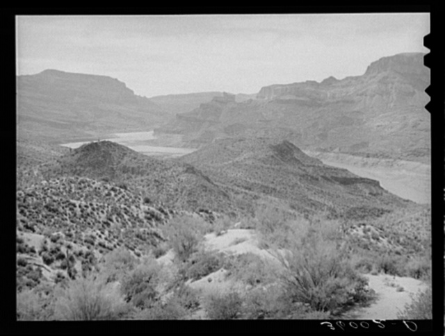 Scene from the Apache Trail between Globe and Phoenix, Arizona
