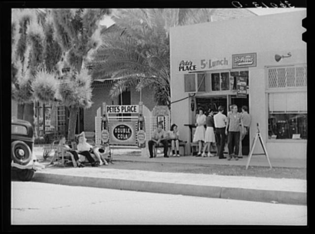 Small lunchroom where students gather near Phoenix Union High School. Phoenix, Arizona