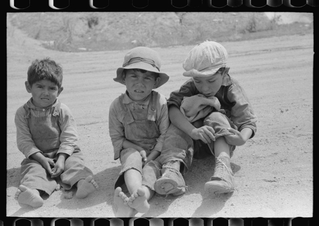 Spanish-American children, Penasco, New Mexico