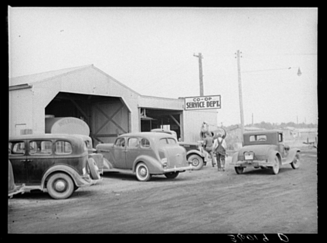 The United Producers and Consumers Cooperative maintains its own automobile service department. Phoenix, Arizona