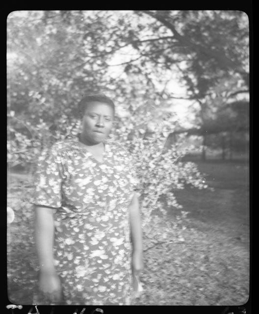 [Vera Hall at the home of Mrs. Ruby Pickens Tartt, Livingston, Alabama]