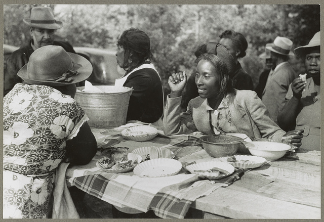 Yanceyville (vicinity), N.C. An outdoor picnic being held during the noon intermission of a meeting of ministers and deacons of the Negro church