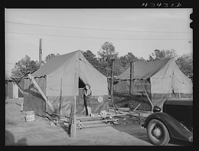 A camp for migratory workers at Fort Bragg. Near Fayetteville, North Carolina