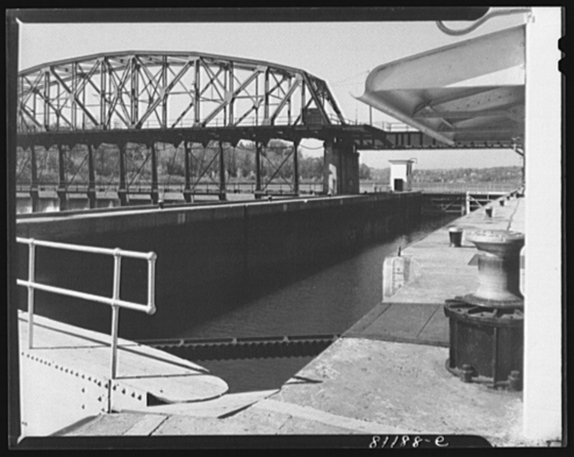 Amsterdam (vicinity), New York. Lock Eleven on the Erie Canal