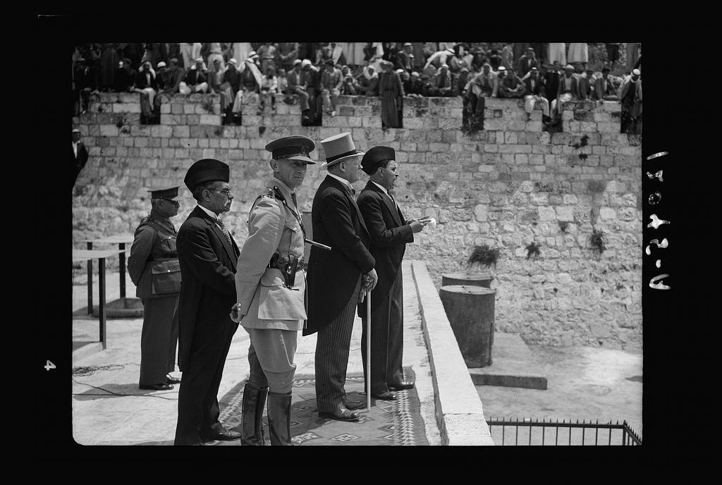 Arab recruits on parade in Jerusalem. Jamal Eff. Toukan, Mr. Keith Roach, Col. Manley, Mil. Com. & Mustafa Bey Khalidi