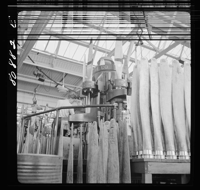 Blade reamer. Hamilton Propeller plant, East Hartford, Connecticut