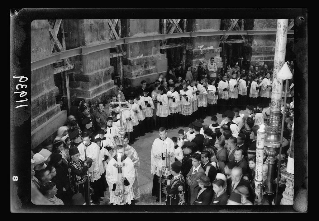 Calendar of religious ceremonies in Jer. [i.e., Jerusalem] Easter period, 1941. Easter Sunday. Rotunda of Sepulchre, procession after Mass