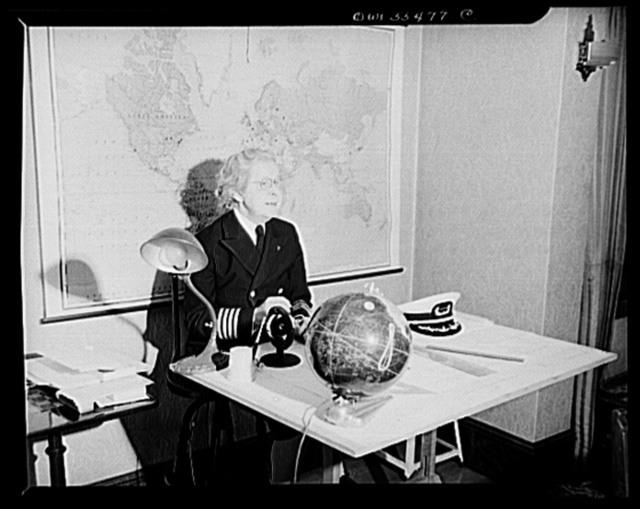 """""""Captain"""" Mary Converse, instructing V-7 (candidates for United States Navy ensign commissions) students in use of sextant, compass and gyroscope and in navigation"""