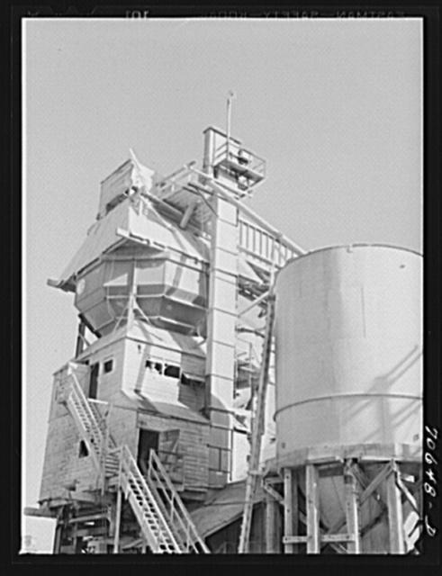 Concrete mixing plant at Bonneville Dam, Oregon