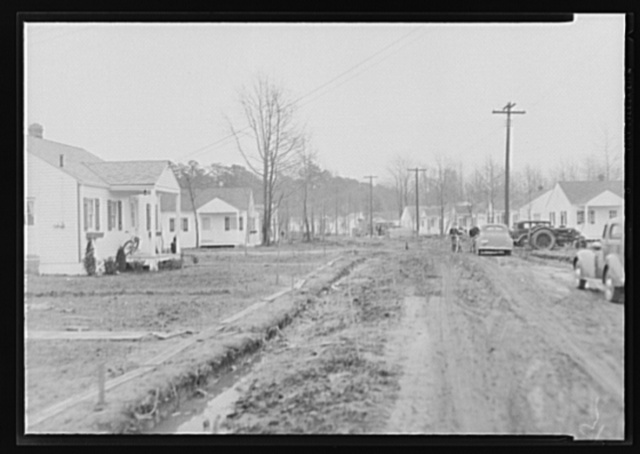 Craddock Gardens, Portsmouth, Virginia. Federal Housing Administration (FHA)-insured small homes
