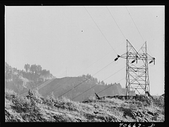Crosscountry transmission of power from Bonneville Dam, Oregon