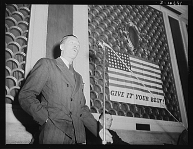 Earl Schenck, Naval Consultant, speaking before labor-management committee members at Scranton, July 29th
