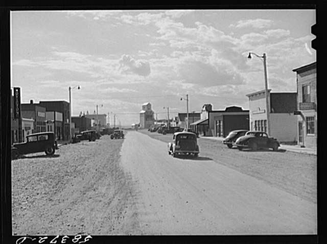 Fairfield, Montana, with grain storage elevator in background