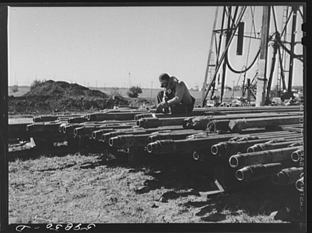 Floyd Swick, welder from Newton, Kansas, worked in oil fields about ten years cutting tool joints off a drill pipe. In Goodrich field of Continental oil company. Valley Center oil field near Wichita, Kansas