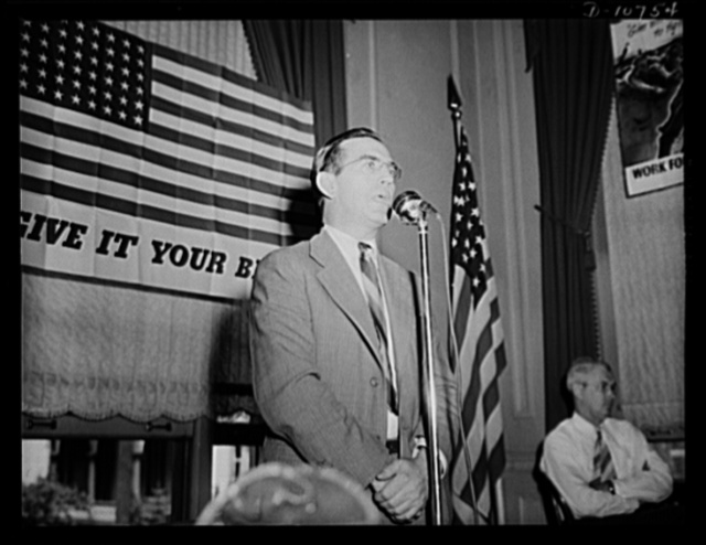 Frank W. Earnest, Jr. President, Anthracite Industries Incorporated, speaking before labor-management committee members at Hazleton, July 30th