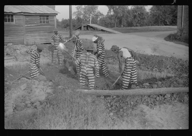 Georgia convicts working on a road in Oglethorpe County