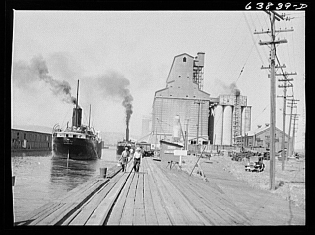 Grain elevators and Great Lakes Boats. Superior, Wisconsin