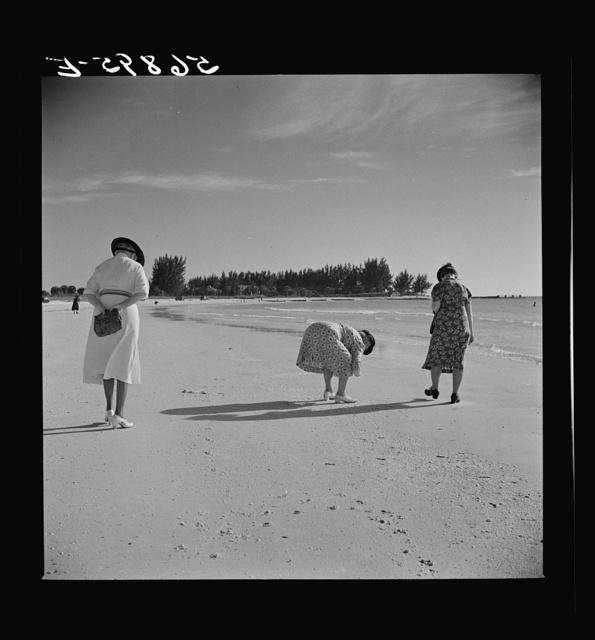Guests of Sarasota trailer park, Sarasota, Florida, at the beach