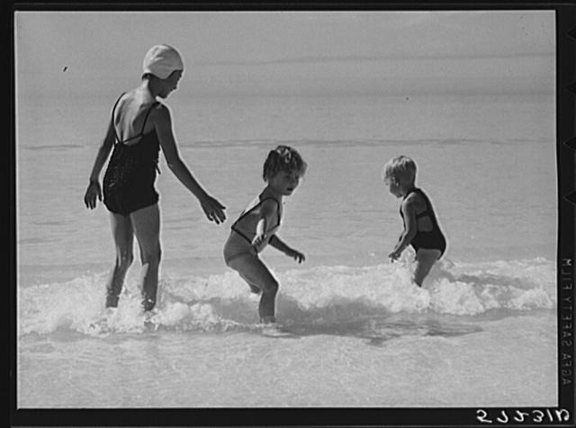Guests of Sarasota trailer park, Sarasota, Florida, going in for a swim