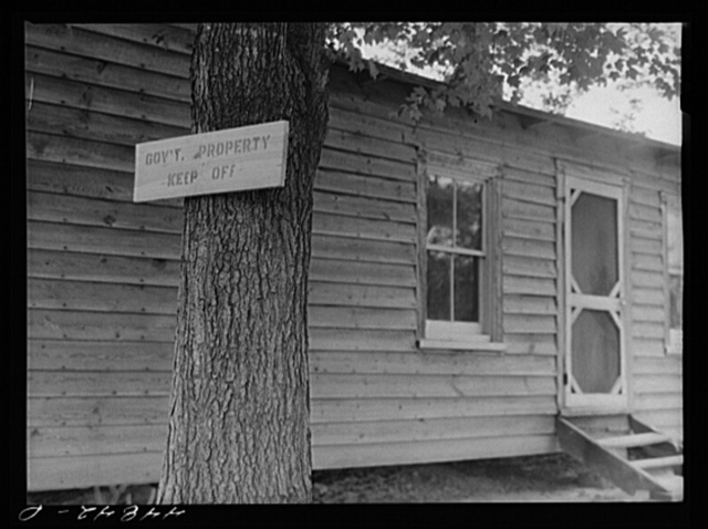 House that has been evacuated to make room for the Army maneuver grounds. Caroline County, Virginia
