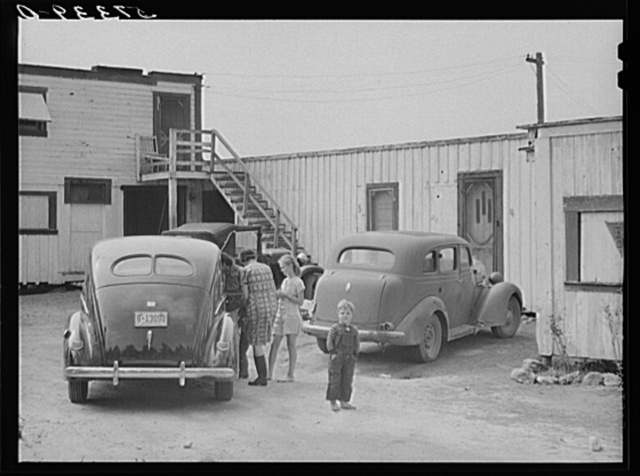 Housing for white migratory laborers. Belle Glade, Florida