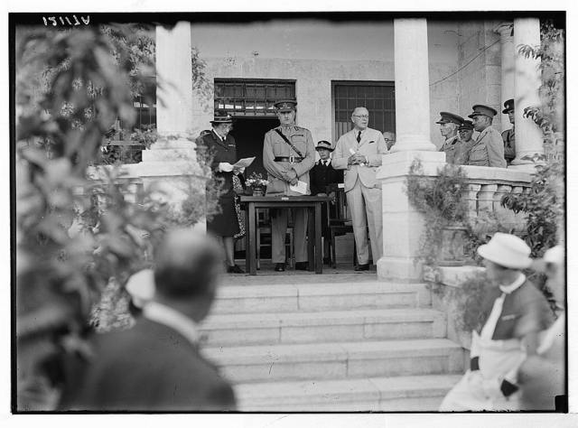 Lady McMichael [i.e., MacMichael] House (Knights of St. John's Br. Red Cross, convalescent house for officers). Lady McMichael speaking at the opening ceremony