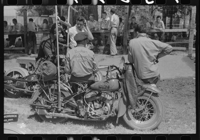 Motorcycle racers, Fourth of July, Vale, Oregon