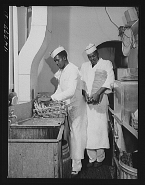Negro dishwasher. Investment Pharmacy, Washington, D.C.