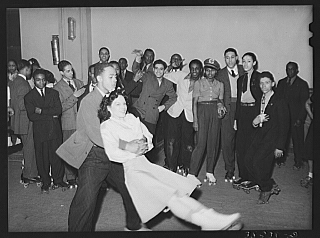 Photo Chicago Roller Skating Savoy Ballroom