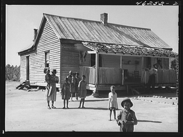 Oakland community, Greene County, Georgia. (vicinity). The family of Gus Wright, FSA (Farm Security Administration) client