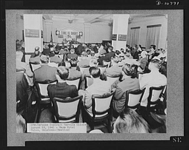 Office of Personnel Management (OPM) contract service clinic at the Mayo Hotel, Tulsa, Oklahoma, August 22, 1941