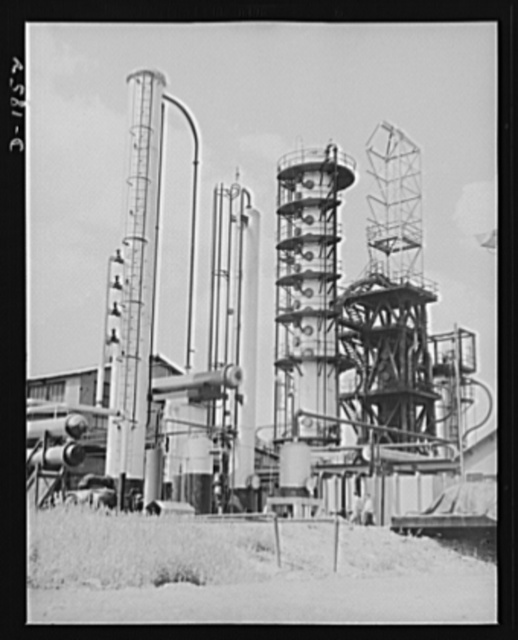 Oil. Here is part of the huge McKean cracking unit of the Quaker State Refining Company, Bradford, Pennsylvania. This plant is working at full capacity to produce oil for the military machines fighting to preserve democracy